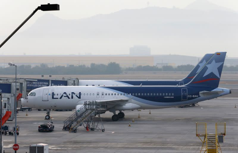 Chile's LATAM Airlines plans to suspend 2019 dividend due to coronavirus crisis