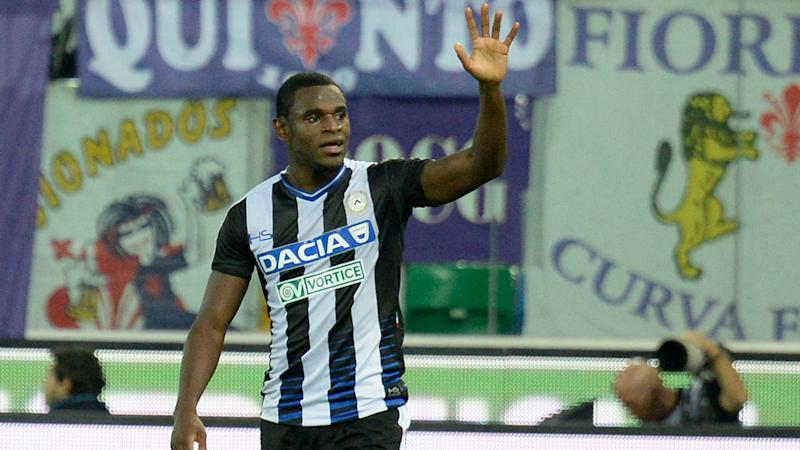 Udinese quiere mantener a Duván Zapata