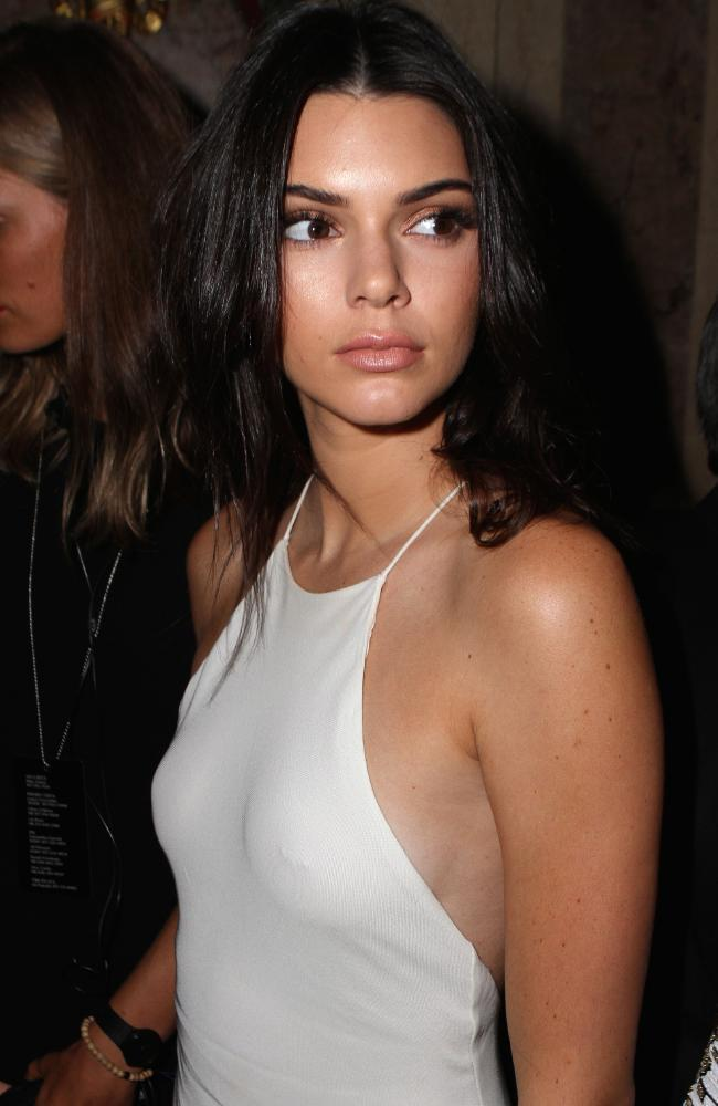 From Kendall Jenner to Rihanna, Nipple Piercings Are Officially a ...