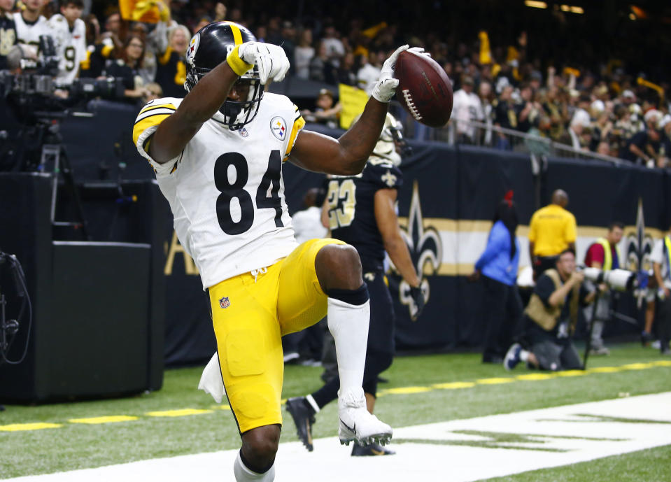 Antonio Brown and the Steelers need some outside help to get into the AFC playoffs. (AP)