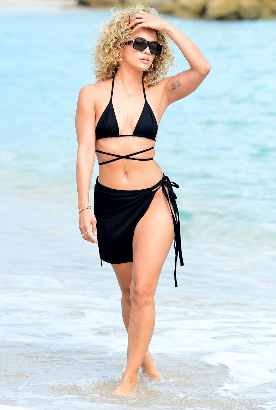 <p>Model Jasmine Sanders makes waves on Monday while on the beach in Miami.</p>