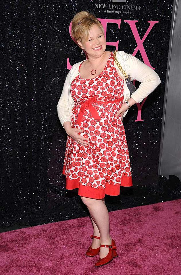 """Proud mommy-to-be Caroline Rhea showed off her best accessory: a growing baby bump. Dimitrios Kambouris/<a href=""""http://www.wireimage.com"""" target=""""new"""">WireImage.com</a> - May 27, 2008"""