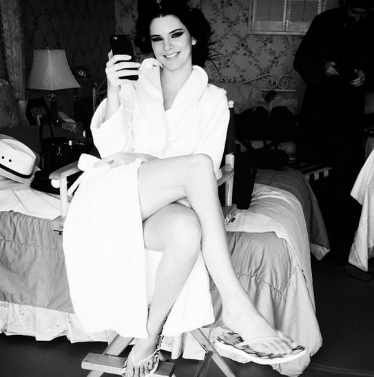 Kendall Jenner's pre-party look was very old-Hollywood: a robe, curlers, and a full face of makeup. @kendalljenner/Instagram