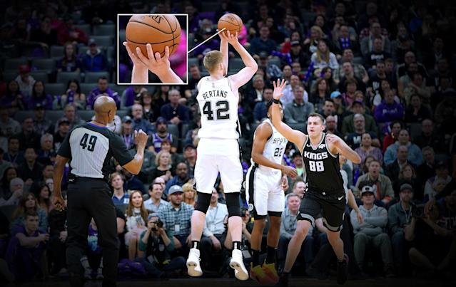 "<a class=""link rapid-noclick-resp"" href=""/nba/players/4926/"" data-ylk=""slk:Davis Bertans"">Davis Bertans</a> lost part of his ring finger on his right hand while cutting wood in his native Latvia. (Getty)"