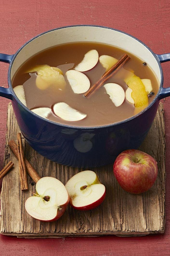 """<p>Make a big batch of this homemade cider before a tailgate or outdoor party to keep everyone warm and happy—it's great served with a cinnamon in your favorite mugs!</p><p> <strong><a href=""""https://www.thepioneerwoman.com/food-cooking/recipes/a34276628/mulled-maple-apple-cider/"""" rel=""""nofollow noopener"""" target=""""_blank"""" data-ylk=""""slk:Get the recipe."""" class=""""link rapid-noclick-resp"""">Get the recipe.</a></strong> </p><p><a class=""""link rapid-noclick-resp"""" href=""""https://go.redirectingat.com?id=74968X1596630&url=https%3A%2F%2Fwww.walmart.com%2Fsearch%2F%3Fquery%3Dpioneer%2Bwoman%2Bmugs&sref=https%3A%2F%2Fwww.thepioneerwoman.com%2Ffood-cooking%2Fmeals-menus%2Fg37145681%2Feasy-apple-recipes%2F"""" rel=""""nofollow noopener"""" target=""""_blank"""" data-ylk=""""slk:SHOP MUGS"""">SHOP MUGS</a></p>"""