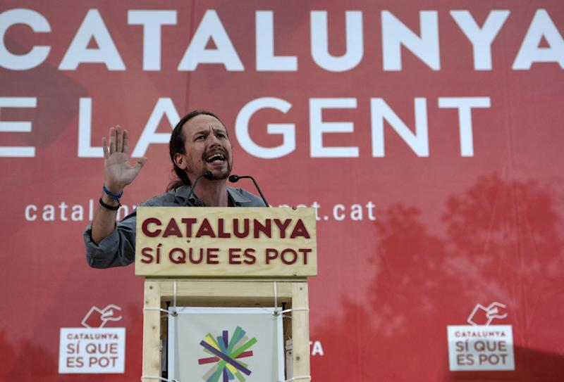"""Leader of Podemos political party Pablo Iglesias speaks during a campaign meeting of """"Catalunya Si que es Pot"""" (Catalunya Yes it Can) for the upcoming Catalan regional elections, in Mataro, on September 19, 2015"""