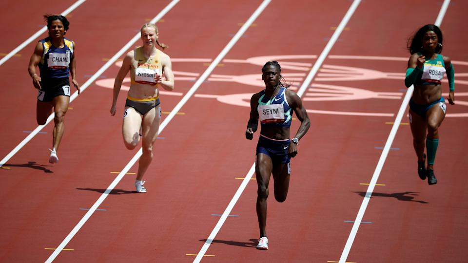 Tokyo 2020 Olympics - Athletics - Women's 200m - Round 1 - Olympic Stadium, Tokyo, Japan - August 2, 2021. Dutee Chand of India, Jessica-Bianca Wessolly of Germany, Aminatou Seyni of Niger and  Vitoria Cristina Rosa of Brazil in action during Heat 4 REUTERS/Phil Noble