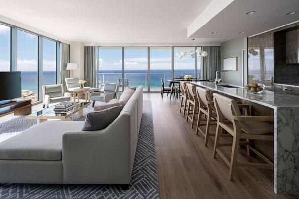 PHOTO: Ritz-Carlton Residences Waikiki Beach (Ritz-Carlton Residences, Waikiki Beach)