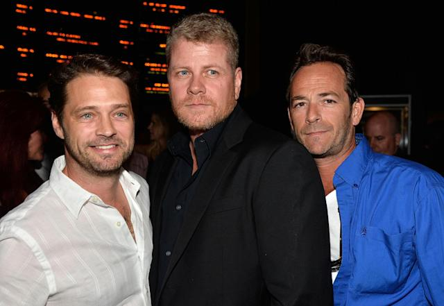 """HOLLYWOOD, CA - AUGUST 14: (L-R) Actors Jason Priestley, Michael Cudlitz, Luke Perry arrive at the Premiere Of """"Dark Tourist"""" at ArcLight Hollywood on August 14, 2013 in Hollywood, California. (Photo by Frazer Harrison/Getty Images)"""