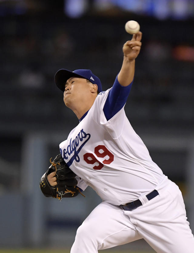 Los Angeles Dodgers starting pitcher Hyun-Jin Ryu, of South Korea, throws to the plate during the second inning of a baseball game against the Arizona Diamondbacks, Friday, Aug. 31, 2018, in Los Angeles. (AP Photo/Mark J. Terrill)