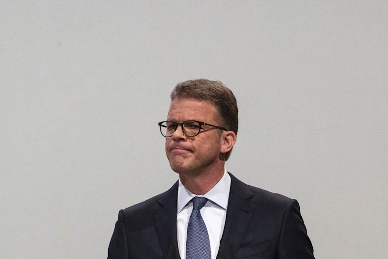 (Bloomberg) -- Deutsche Bank AG chief Christian Sewing had barely finished relaying the news about his huge restructuring to investors and the bank's embattled employees when a fresh set of reputational woes surfaced.The U.S. Department of Justice is investigating Deutsche Bank as part of a broadened probe of Malaysia's scandal-plagued 1MDB investment fund, a person with knowledge of the matter said. While authorities haven't accused Deutsche Bank of wrongdoing, it's an unwelcome development for Sewing, who has said that the firm has stabilized and that it's past the bulk of its legal issues. In another blow to the bank's image, it was revealed that Jeffrey Epstein had been a recent client of Deutsche Bank. The lender is said to have severed business ties with the financier earlier this year, just as U.S. authorities were preparing to charge him with operating a sex-trafficking ring of underage girls.Deutsche Bank has faced almost $18.3 billion in fines and legal settlements since the start of 2008. That's the biggest bill for any European bank after Royal Bank of Scotland Group Plc's $18.5 billion, according to calculations by Bloomberg. The German bank still has another 1.1 billion euros ($1.24 billion) set aside for future disputes and penalties.Here's a look at some of the probes Deutsche Bank still faces, according to its latest filings and people familiar with the matter. The German lender says it's cooperating with authorities on all of these issues.1MDBDoJ investigators, who have spent years examining Goldman Sachs Group Inc.'s lucrative dealings with the fund, are now taking a closer look at a former Goldman executive who later worked at Deutsche Bank, said the person familiar with the matter, who asked not to be identified discussing the confidential inquiry. The inquiry aims to determine whether Deutsche Bank might have violated foreign-corruption or anti-money-laundering laws as it helped 1MDB raise $1.2 billion in 2014, according to the Wall Street Journal. The German bank pointed to asset-forfeiture documents previously filed by the DoJ indicating that 1MDB misled Deutsche Bank during transactions.Danske Bank A/SThe German bank has said several authorities have asked it for information in what has become one of the world's biggest money laundering scandals -- questionable funds at the Estonian arm of Denmark's Danske Bank. But in a sign that Deutsche Bank doesn't expect a penalty for how it may have handled any funds, it says it hasn't established a financial provision or even a contingent liability for the matter.Panama PapersA high-profile raid last year embarrassed Sewing as media broadcast images of police cars outside the bank's twin skyscrapers. Frankfurt prosecutors are probing whether Deutsche Bank helped set up offshore companies in tax havens and failed to report suspicions that money could have been obtained illegally. Deutsche Bank has said that it found no indication of misconduct by staff, and doesn't list the matter in the legal risks section of its annual report.Sovereign BondsDid Deutsche Bank manipulate markets for sovereign, supranational and agency bonds? The bank says it has received inquiries from regulatory and law enforcement authorities and that it faces civil litigation. It recorded a provision after agreeing to one settlement, but hasn't disclosed whether it has money set aside or contingent liabilities for others.U.S. TreasuriesWas there misconduct in the way Deutsche Bank handled auctions, trading and market activity related to Treasuries? The bank says it has received inquiries from regulatory and law enforcement authorities. Deutsche Bank hasn't disclosed whether it has established a provision or a contingent liability.Mirror TradesIn 2012-14, Deutsche Bank's money-laundering controls failed when clients moved billions of dollars out of Russia using equity trades in Moscow and London that offset one another. The DoJ and other authorities are looking into the matter. The bank has already paid about $670 million in fines to other agencies and has recorded a provision for the remaining investigation.Hiring PracticesDid Deutsche Bank comply with U.S. law when hiring staff referred by clients, potential clients and government officials, potentially to win business? The DoJ and Securities and Exchange Commission are among authorities that are taking an interest, according to the bank, which says it has recorded a provision for some of the investigations. JPMorgan Chase & Co. has paid a fine to resolve similar inquiries.Currency TradingDid Deutsche Bank manipulate foreign exchange markets? The company has already paid more than $340 million in fines to authorities and says it continues to face investigations by regulatory agencies. The bank wasn't part of group settlements with regulators and its fines were lower than those of several other banks. Deutsche Bank also faces civil litigation, but hasn't disclosed whether it has money set aside for these matters.Libor (and Euribor and Tibor)Is there even more damage to come from rigging-scandal-plagued benchmark lending rates? Deutsche Bank has already paid more than $3.5 billion in fines to other authorities, including the largest settlement by any bank so far in the matter. It says it continues to face investigations by regulatory agencies, but hasn't disclosed whether it has made provisions. Deutsche Bank also faces civil litigation.U.S. Mortgage BondsEven after a $7.2 billion settlement with the DoJ in 2017, Deutsche Bank has yet to conclude its role in the industrywide probes on bonds blamed for exacerbating the financial crisis. The lender says it has received subpoenas and requests for information from regulators and government entities. The bank has recorded provisions for some of the investigations. The bank also faces civil litigation and has set aside money for some of the cases.(Updates with Epstein reference in second paragraph.)To contact the reporter on this story: Nicholas Comfort in Frankfurt at ncomfort1@bloomberg.netTo contact the editors responsible for this story: Dale Crofts at dcrofts@bloomberg.net, Keith CampbellFor more articles like this, please visit us at bloomberg.com©2019 Bloomberg L.P.