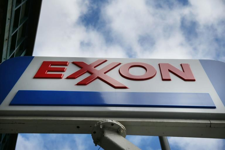 Green-oriented NextEra nears ExxonMobil in market value
