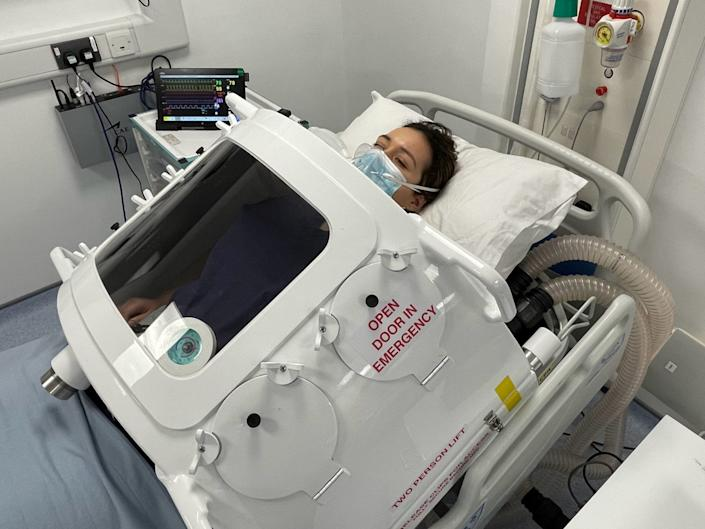 <p>The exovent uses traditional 'iron lung' technology to help patients breathe without being sedated</p> ( )