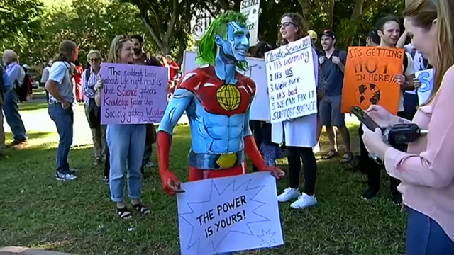 march-for-science-sees-protesters-worldwide-supporting-scientists-on-earth-day