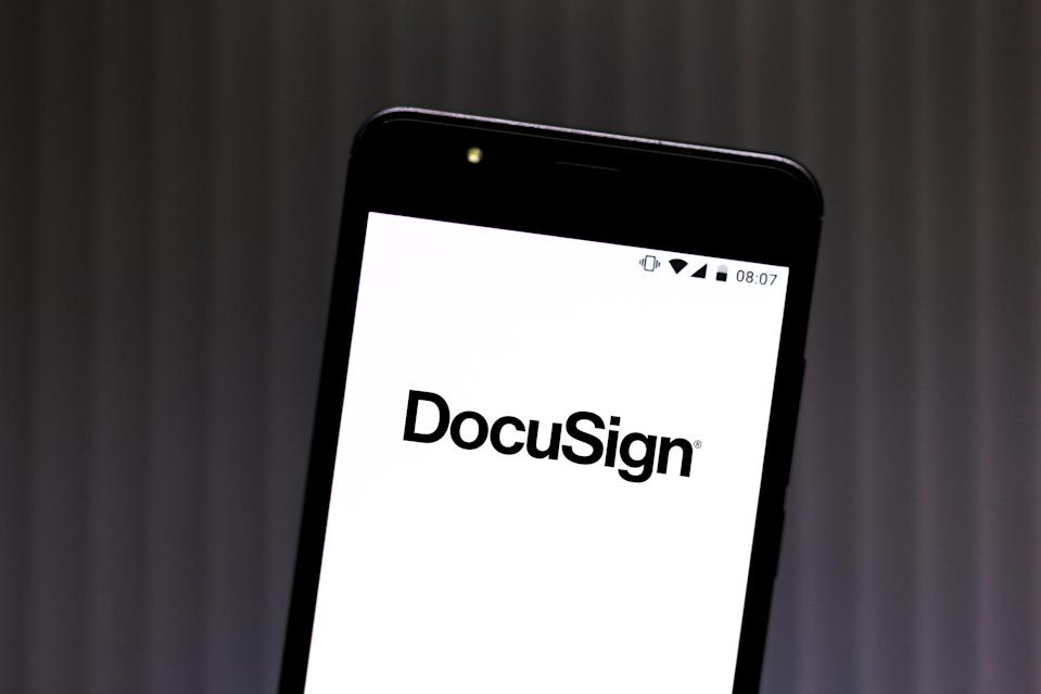 BRAZIL - 2019/07/11: In this photo illustration a DocuSign logo seen displayed on a smartphone. (Photo Illustration by Rafael Henrique/SOPA Images/LightRocket via Getty Images)