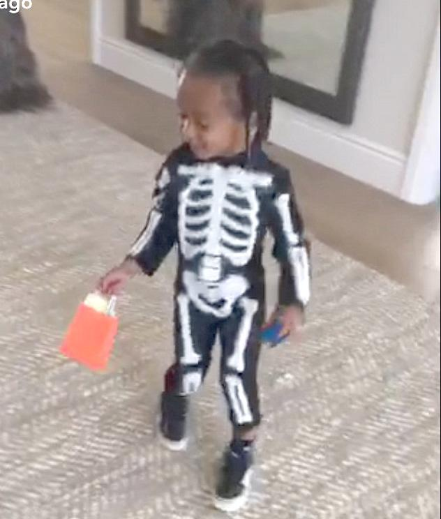 No bones about it, King Cairo is a cutie. (Photo: Snapchat)