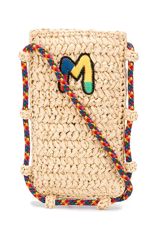 "<p><strong>M Missoni</strong></p><p>farfetch.com</p><p><strong>$210.00</strong></p><p><a href=""https://go.redirectingat.com?id=74968X1596630&url=https%3A%2F%2Fwww.farfetch.com%2Fshopping%2Fwomen%2Fm-missoni-logo-patch-phone-case-item-15474767.aspx&sref=https%3A%2F%2Fwww.marieclaire.com%2Ffashion%2Fg32883210%2Fcell-phone-purse%2F"" rel=""nofollow noopener"" target=""_blank"" data-ylk=""slk:Shop it"" class=""link rapid-noclick-resp"">Shop it</a></p><p>Don't let a heavy bag weigh you down on your stroll along the beach. Store your phone and your credit cards in this M Missoni woven phone case. Perfect for that summery no-fuss look. </p>"