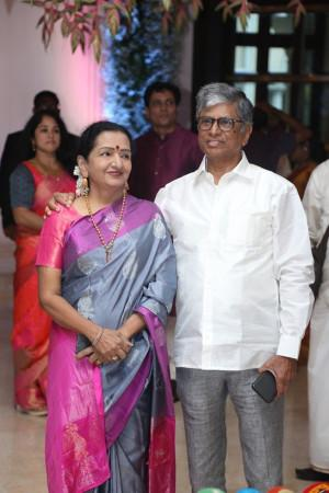 Vijay parents at soundarya rajinikanth Vishagan Vanangamudi's wedding