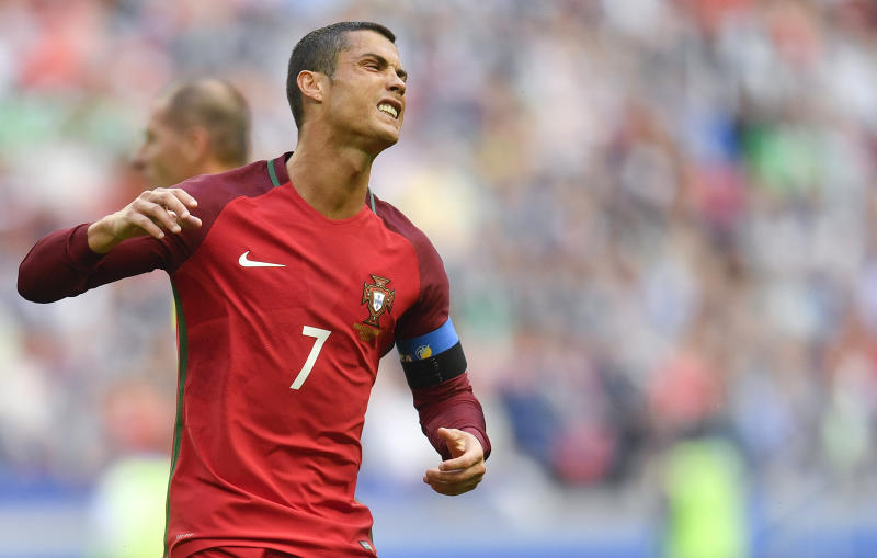 Confederation Cup: Ronaldo's Portugal held by Mexico
