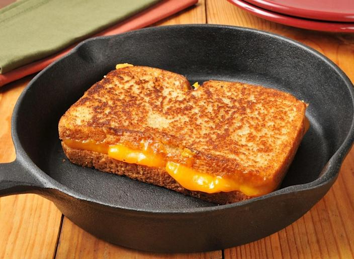grilled cheese sandwich press cast iron skillet