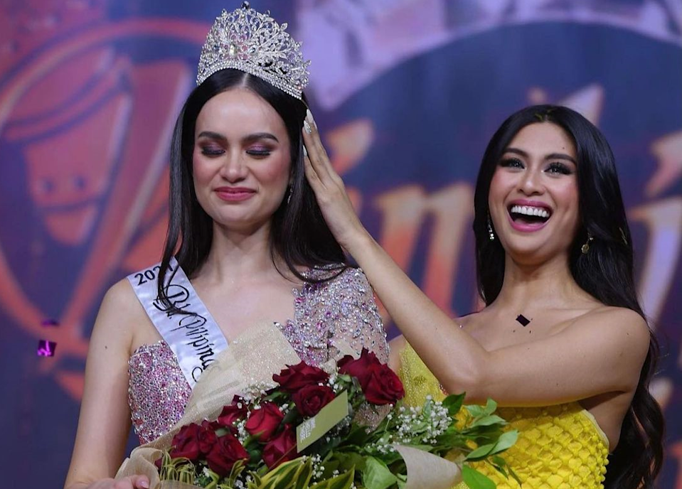 FILE PHOTO: Bb. Pilipinas International 2021 Hannah Arnold (Left), Bb. Pilipinas International 2019 Patch Magtanong (Right) (Source: Patch Magtanong/Instagram)