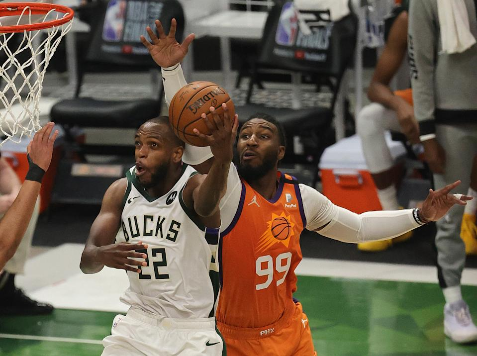 Bucks star Khris Middleton scores two of his 40 points in Game 4 of the NBA Finals. (Jonathan Daniel/Getty Images)
