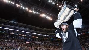 Hollywood Watches as Kings Raise First Stanley Cup Championship Banner (Video)