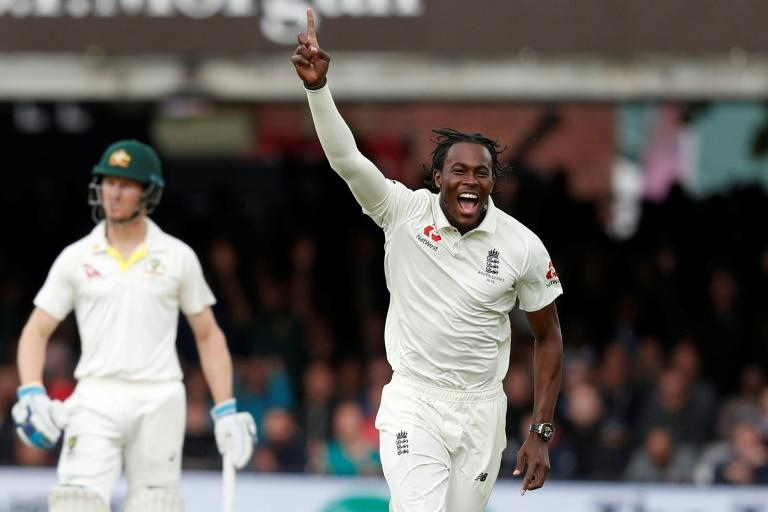 Jofra Archer dismissed Australia's Usman Khawaja as England chased victory on the final day of the second Ashes cricket Test at Lord's
