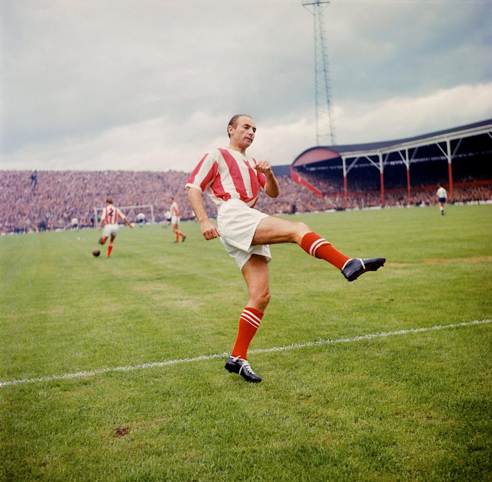 Stanley Matthews warms up before a Stoke City match in August 1963 (PA) (PA Archive)