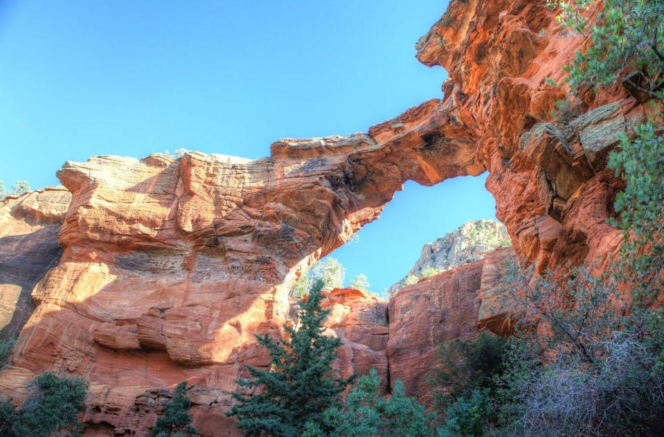 """<p>The <a href=""""https://www.tripadvisor.com/Attraction_Review-g31352-d107190-Reviews-Devil_s_Bridge_Trail-Sedona_Arizona.html"""" rel=""""nofollow noopener"""" target=""""_blank"""" data-ylk=""""slk:Devil's Bridge"""" class=""""link rapid-noclick-resp"""">Devil's Bridge</a> is the largest natural sandstone arch in the Sedona area. The 1.8-mile trail loop can be a bit of a rocky challenge, but it'll be worth it to witness those stunning desert views.</p><p><br><a class=""""link rapid-noclick-resp"""" href=""""https://go.redirectingat.com?id=74968X1596630&url=https%3A%2F%2Fwww.tripadvisor.com%2FAttraction_Review-g31352-d107190-Reviews-Devil_s_Bridge_Trail-Sedona_Arizona.html&sref=https%3A%2F%2Fwww.countryliving.com%2Flife%2Ftravel%2Fg24487731%2Fbest-hikes-in-the-us%2F"""" rel=""""nofollow noopener"""" target=""""_blank"""" data-ylk=""""slk:PLAN YOUR HIKE"""">PLAN YOUR HIKE</a></p>"""