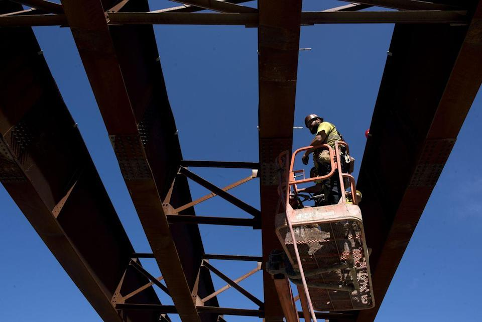 Costly projects. Highway construction near Portsmouth, Ohio. (Photo: Ty Wright/Bloomberg)