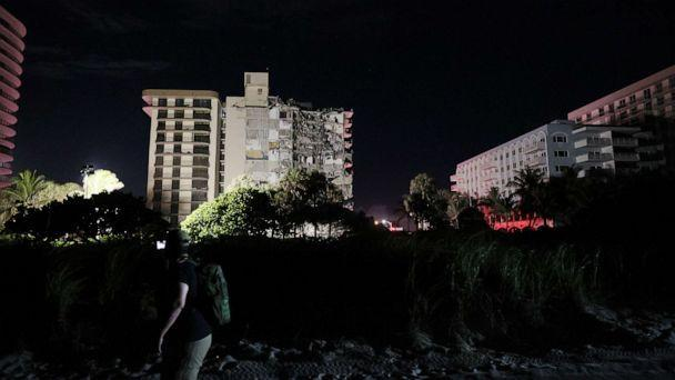PHOTO: A portion of the 12-story Champlain Towers South tower collapsed on June 24, 2021 in Surfside, Fla. (Joe Raedle/Getty Images, FILE)
