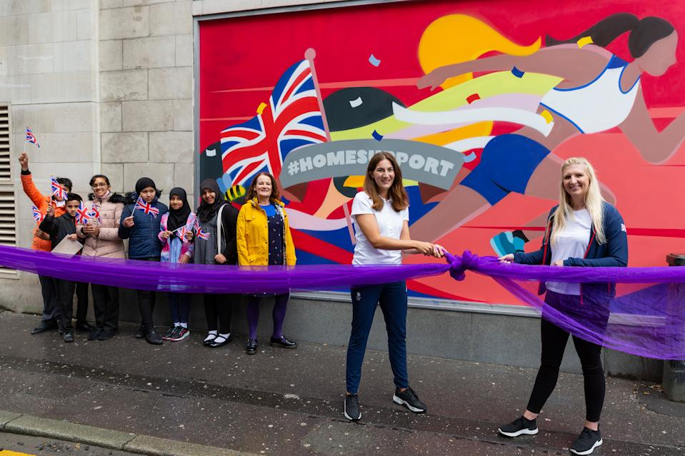 Adlington was joined by former taekwondo star Sarah Stevenson to unveil a mural in Manchester as part of the PurpleBricks Home Support campaign