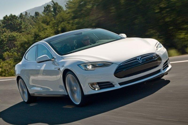 Tesla improves Model S drive unit warranty to cover 8 years