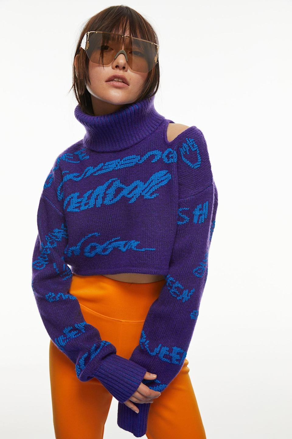 <p>This <span>H&amp;M Crop Turtleneck Sweater</span> ($80) will make you look and feel like an absolute rockstar. We love the shoulder cutout, cropped silhouette, and playful handwriting.</p>