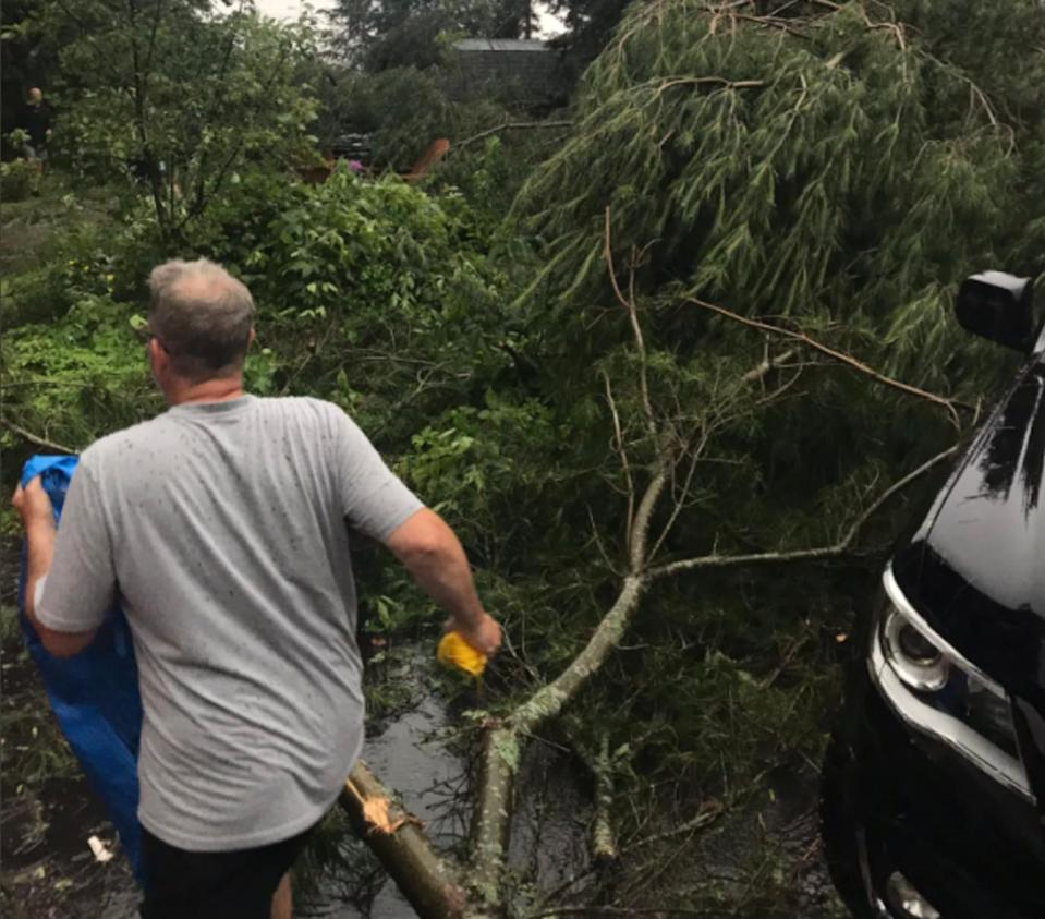 IN PHOTOS: Damaging storms tear through southern Ontario, air quality improves