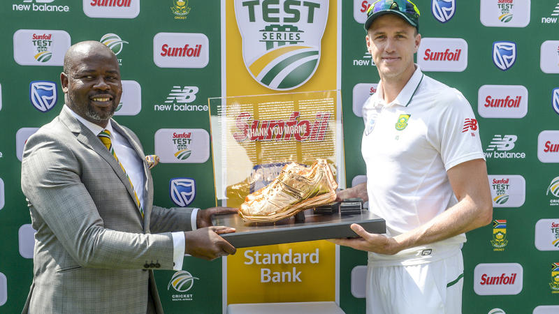 Thabang Moroe and Morne Morkel, pictured here after a Test match between South Africa and Australia in 2018.