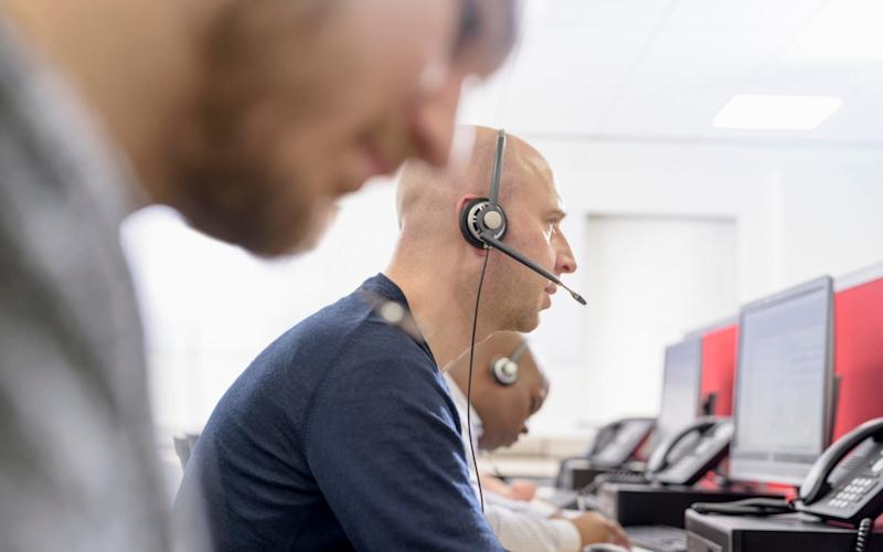 999 call handlers could be told to stop referring to people as Sir and Madam - Cultura RF