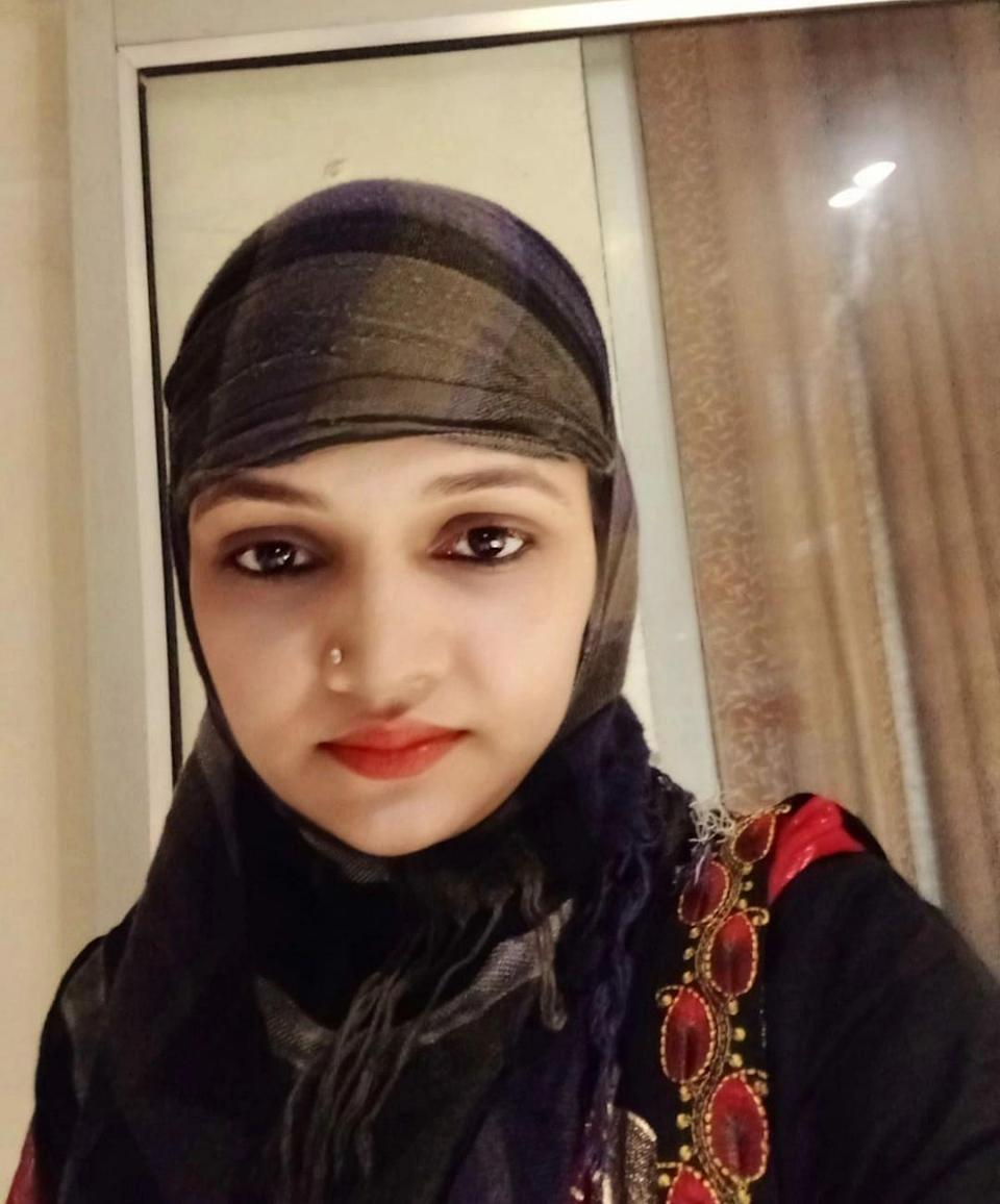 """<div class=""""paragraphs""""><p>Rashika was left at the hospital as soon as her husband and in-laws got to know she had a daughter.</p></div>"""