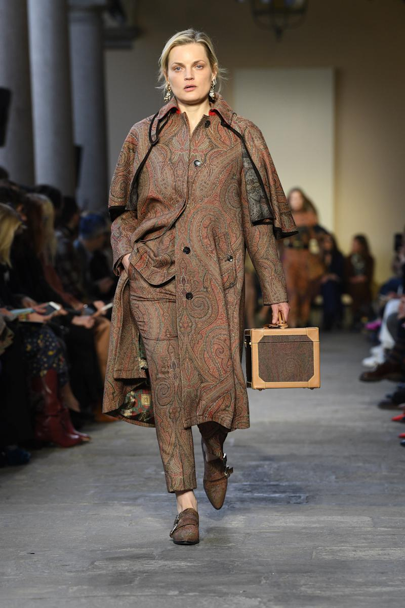 Forty-one-year-old '90s supermodel Guinevere Van Seenus has been surprisingly prolific this season, joining Gemma Ward at Etro's fall/winter 2019 show in addition to appearing at Erdem and Marc Jacobs in February 2019.