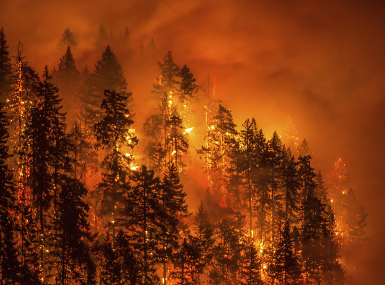 <p>This Monday, Sept. 4, 2017, photo provided by KATU-TV shows a wildfire as seen from near Stevenson Wash., across the Columbia River, burning in the Columbia River Gorge above Cascade Locks, Ore. (Tristan Fortsch/KATU-TV via AP) </p>