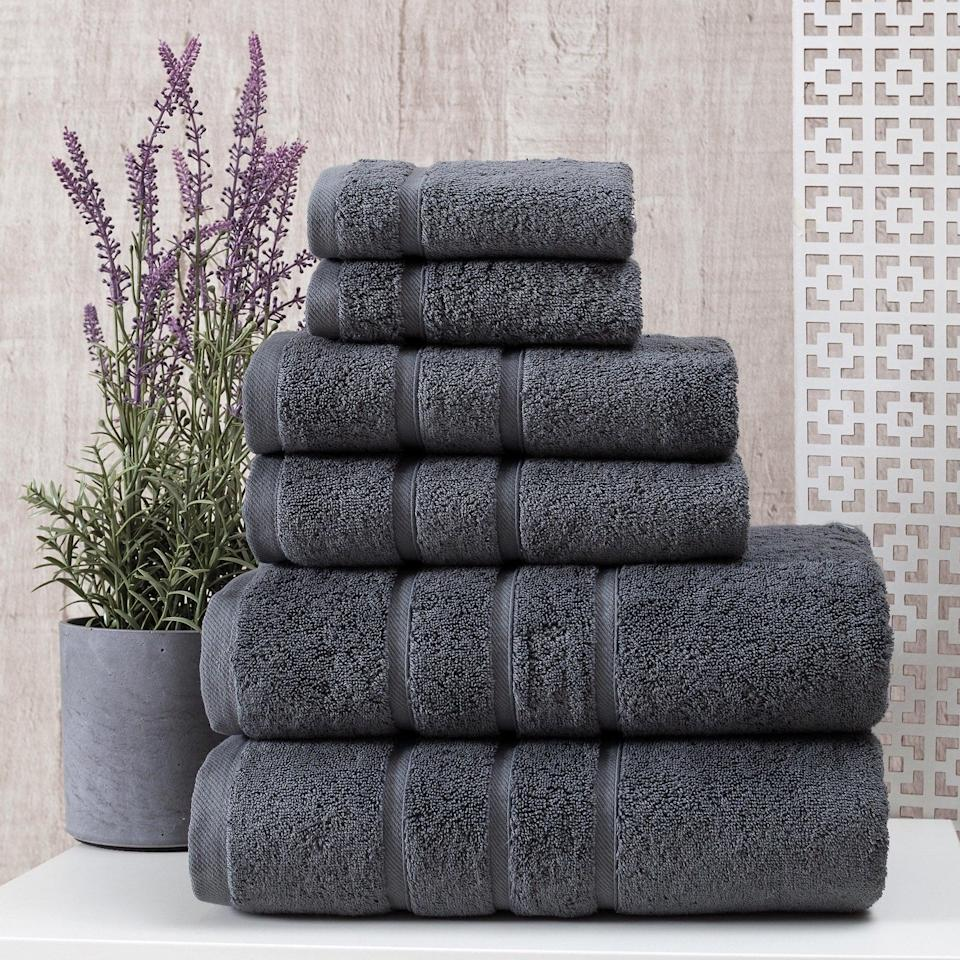 <p>Transform your bathroom into a spa with these ultra-soft and luxurious <span>UpThrone Luxury Turkish Cotton 6 PC Bath Towels Set</span> ($36, originally $70).</p>