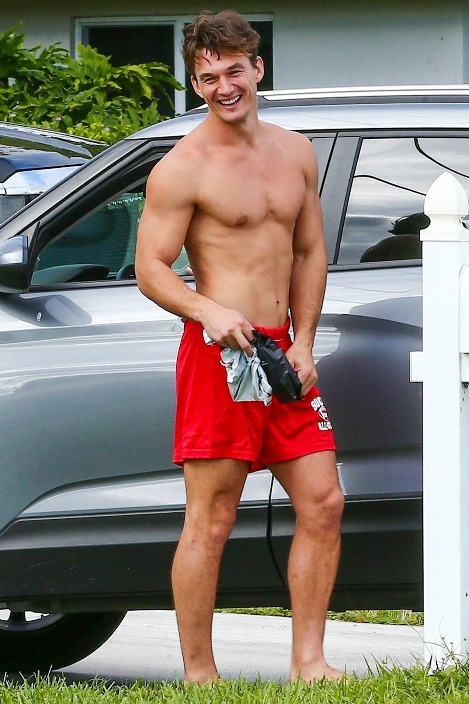 <p>Tyler Cameron goes shirtless on Thursday for a day out in Jupiter, Florida.</p>