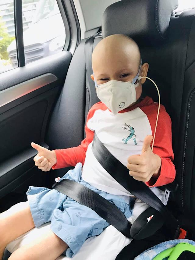 Oscar leaves Hospital in Singapore. (SWNS)