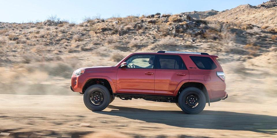 <p>Midsize Crossover/SUV, 1st Place: 2010-2016 Toyota 4Runner (Road & Track) </p>