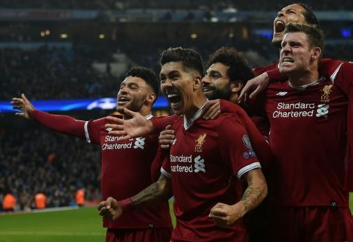 Firmino agrees new Liverpool deal