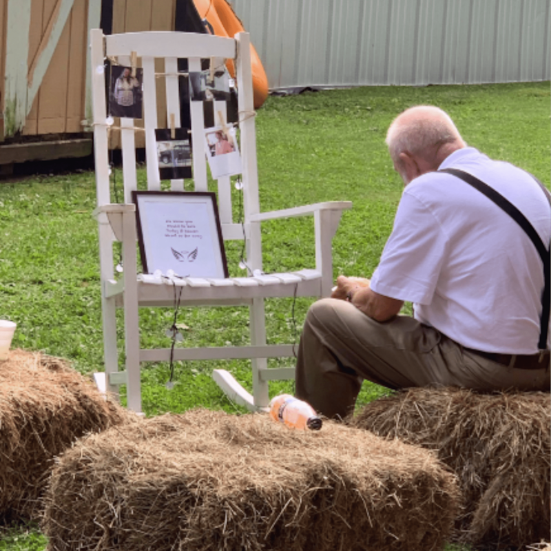 This Grandpa Sat Alone at His Late Wife's Tribute at a Wedding, and It's Beyond Heart-Wrenching