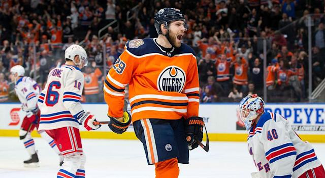 Here come the Oilers. (Getty)