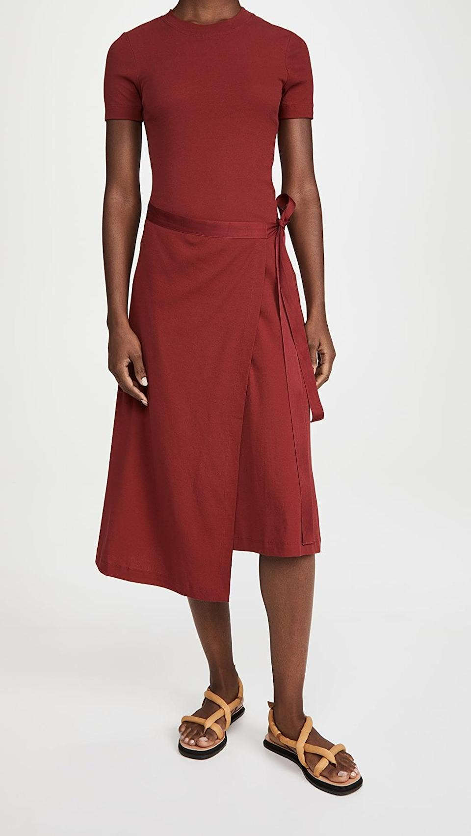 <p>Get all wrapped up in this modern <span>Rosetta Getty Short Sleeve Apron T-Shirt Dress</span> ($364, originally $520).</p>