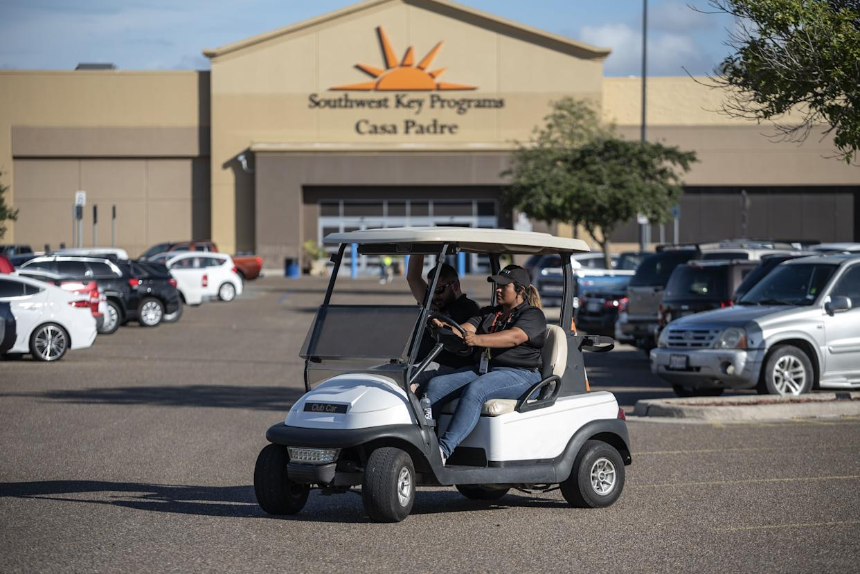 Security guards monitor the perimeter of the Southwest Key-Casa Padre Facility, formerly a Walmart store, in Brownsville, Texas, on June 17, 2018. (Photo: Bloomberg via Getty Images)